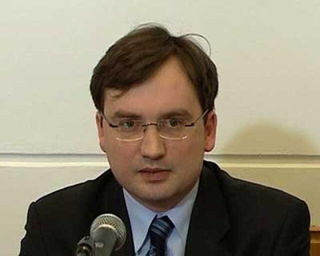 Sejmowa komisja przeciw wotum nieufności dla Ziobry