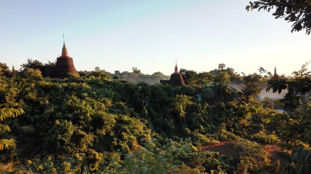 Ruiny dawnego Mrauk U