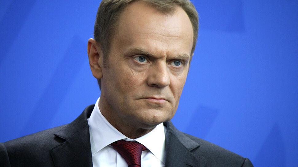 """Tusk wezwany do prokuratury. """"Sprawa dotyczy Smoleńska"""""""
