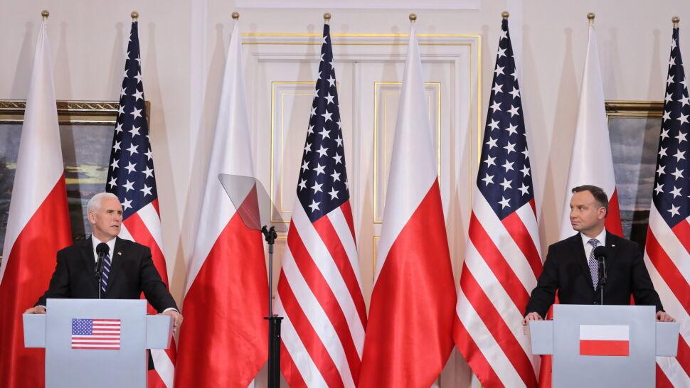"""""""Wolność ceny nie ma"""". Mike Pence wspomniał o """"wielkim polskim bohaterze Lechu Wałęsie"""""""