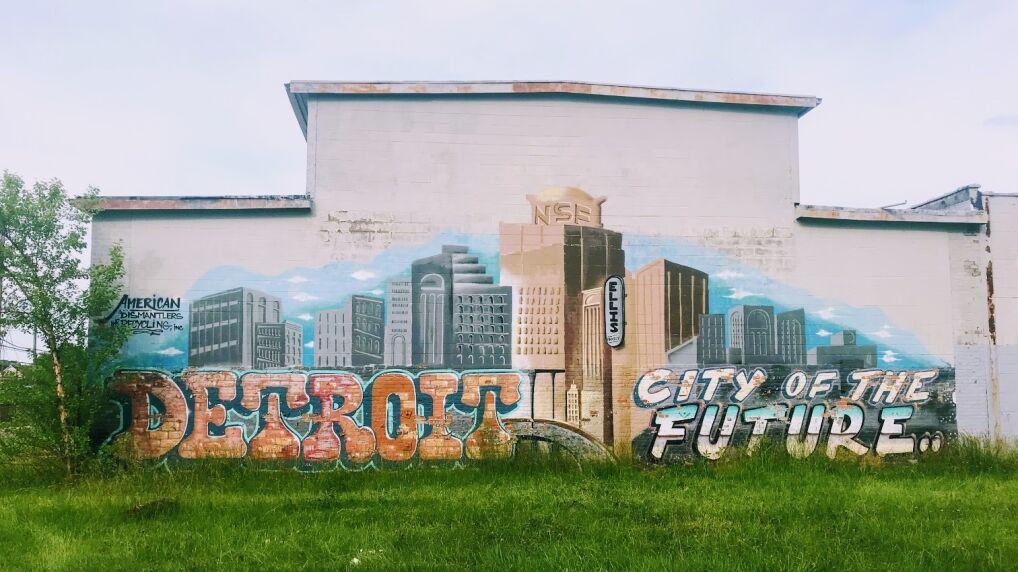 Miasto przyszlosci. Mural w jednej z dzielnic miasta, ktory zostal tam namalowany lata temu