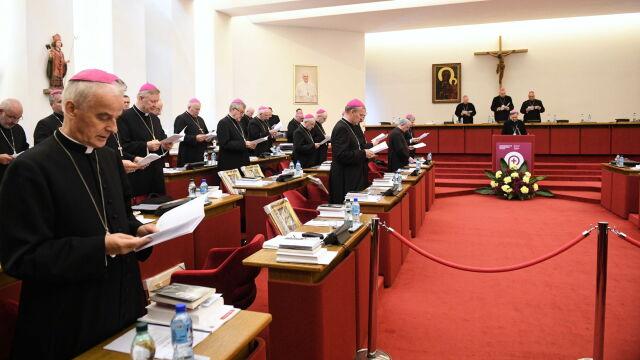 Biskupi powołali fundację, która ma pomagać ofiarom wykorzystywania seksualnego