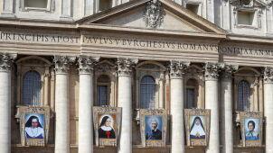 Papież ogłosił pięcioro nowych świętych, w tym brytyjskiego kardynała