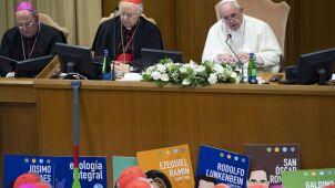 Diakonat dla kobiet? Kolejny kontrowersyjny temat watykańskiego synodu