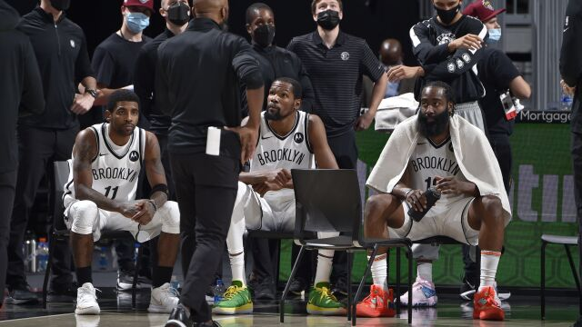 """W NBA debiut """"Wielkiej Trójki"""". Dwie dogrywki w meczu Nets"""