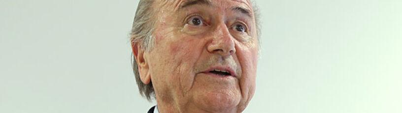 """Blatter """"nie opuści statku FIFA"""". Będzie wojna z Platinim?"""