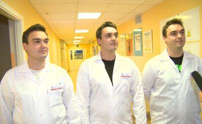 Trojaczki na oddziale noworodków. Trzej identyczni lekarze przyszli do pracy