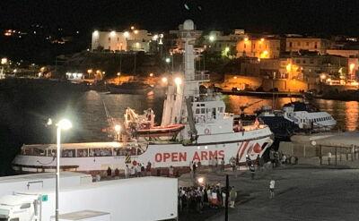 Pokład statku Open Arms opuściło ponad 80 migrantów