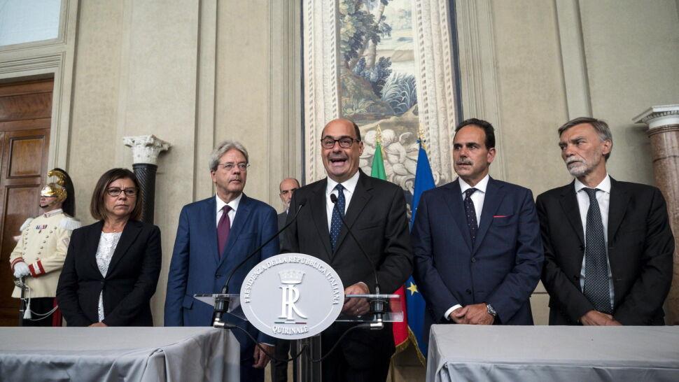 """""""Potrzebny jest rząd przełomu, alternatywny dla prawicy"""". W Rzymie trwają rozmowy"""