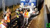 Wjechała na tory, pociąg roztrzaskał auto. Zginęła 82-latka