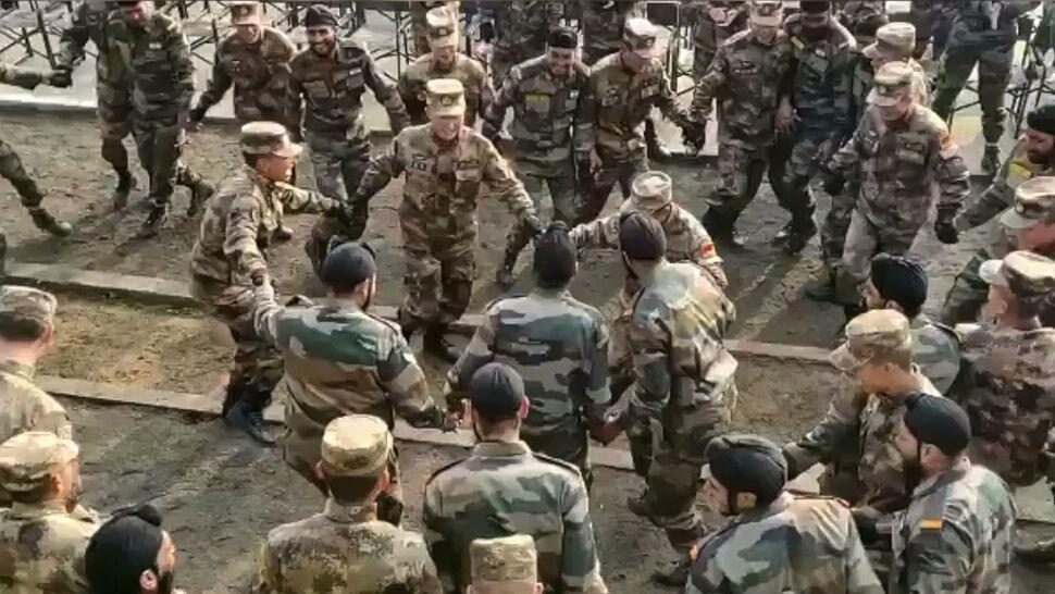 Wspólny taniec zwaśnionych armii