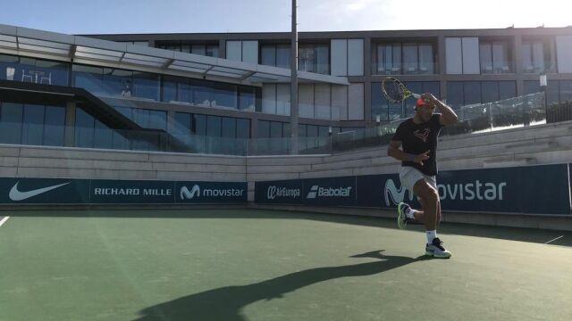 Zdrowy Nadal melduje: wracam. Będzie gotowy na początek sezonu