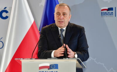 """""""Każdy, kto podnosi rękę na polskie dzieci, podnosi rękę na państwo polskie"""""""