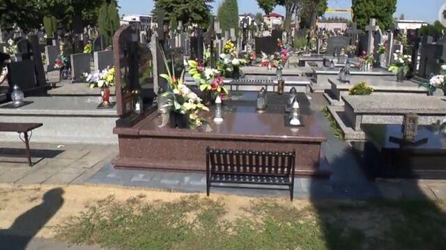 Poskarżył się na drożyznę na cmentarzu. Kuria zarzuca mu