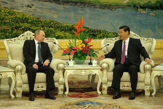 Oś Moskwa-Pekin. Putin jedzie do Chin, będzie gazowy kontrakt?