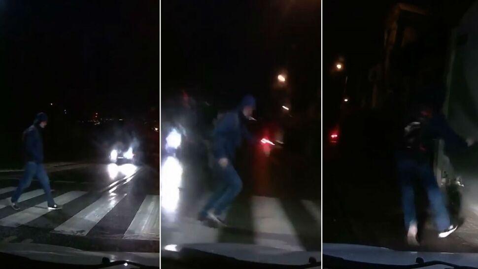 """Pieszy ucieka z pasów przed samochodem. """"Tylko czemu go chciał rozjechać"""""""