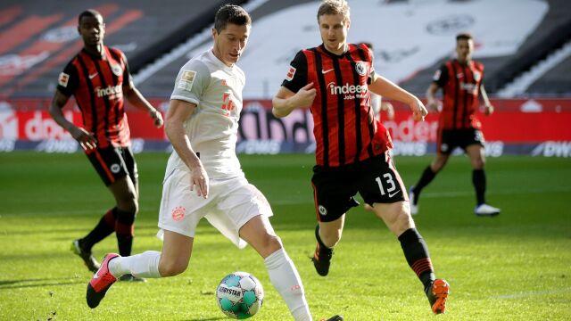 Gol Lewandowskiego na nic. Rewelacyjny Eintracht zaskoczył Bayern