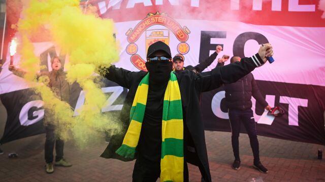 """Sprawcy zamieszek na Old Trafford poszukiwani. """"Nie ma dla nich usprawiedliwiania"""""""