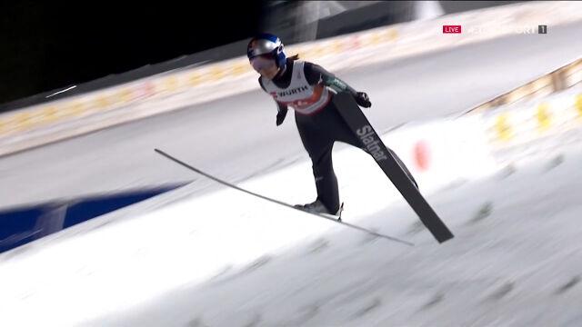 Takanashi wygrała kwalifikacje na skoczni normalnej w mistrzostwach świata