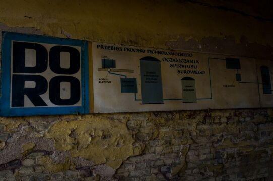 Instrukcje wewnątrz budynku