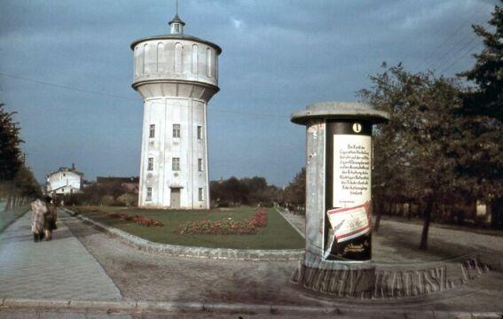 Wieża ciśnień (przy zbiegu obecnej ul. Górnośląskiej i Legionów)
