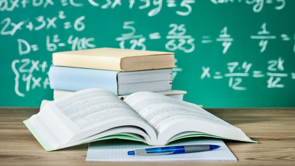 """""""Z niedowierzaniem przyjęli propozycję"""" rezygnacji z matematyki na maturze"""
