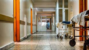 """Alarmujący raport w sprawie szpitali. """"Mamy do czynienia  z załamaniem"""""""