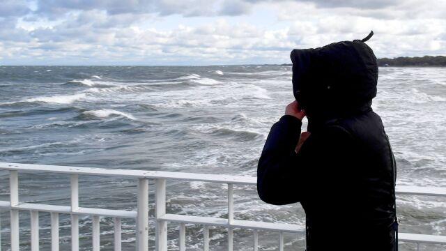 Akcje ratownicze na Bałtyku. Jedna osoba nie żyje, druga zaginiona