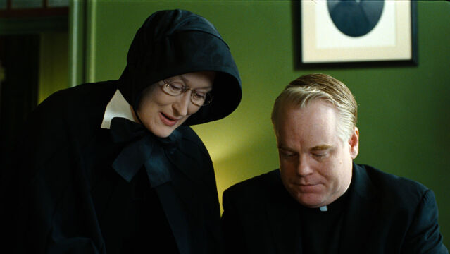"""Philip Seymour Hoffman w """"Wątpliwości"""", 2008 rok (na zdjęciu z Meryl Streep)"""