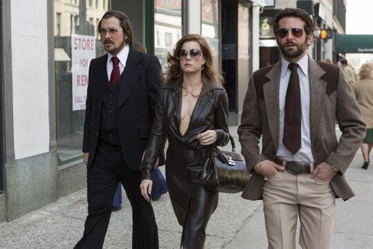 Christian Bale, Amy Adams i Bradley Cooper
