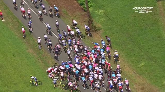 Kraksa na początku 19. etapu Tour de France