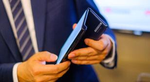 Chińczycy zapowiadają premierę składanego smartfona. Nie jest tani