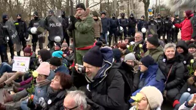 Blokowali marsz narodowców w Hajnówce, teraz stanęli przed sądem