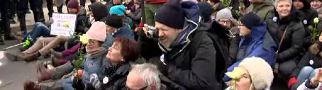 Blokowali marsz narodowców  w Hajnówce, stanęli przed sądem