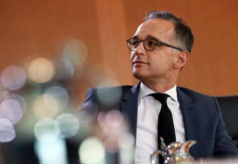 """""""Dyplomacja SMS szybko prowadzi do dyplomacji SOS"""". Zgrzyt w Berlinie"""