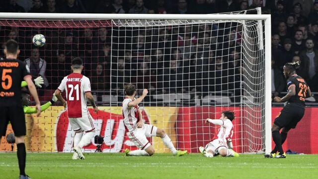 Pierwszy taki mecz w Lidze Mistrzów. Chelsea zwycięska w Amsterdamie