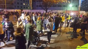 Milczący protest  w miejscu tragedii