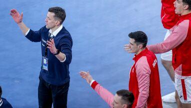 Trener Polaków tłumaczy porażkę.