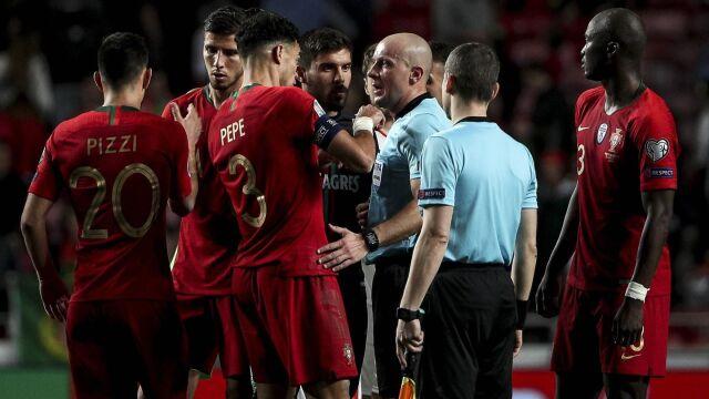 Dlaczego w eliminacjach Euro nie ma VAR? Ronaldo zdziwiony stanowiskiem UEFA
