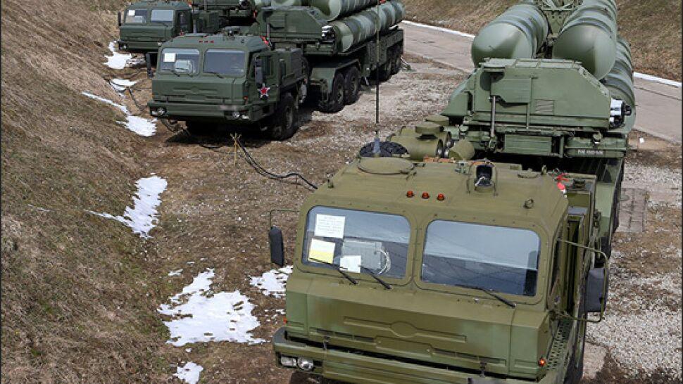 """S-400 niepokoją Amerykanów. Turcja """"rozważa przesunięcie dostawy"""""""