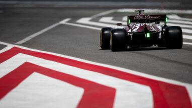 Długa przerwa w Formule 1.