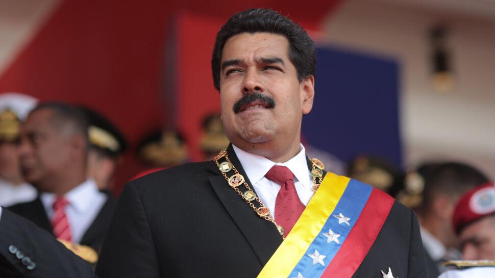 """Maduro chce """"dogłębnej rewizji"""" stosunków z USA"""