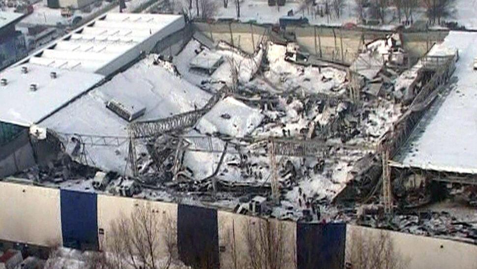 """""""Oskarżony jest odpowiedzialny za sprowadzenie katastrofy zawalenia się hali"""". Zginęło 65 osób"""