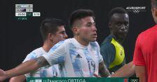 Tokio. Piłka nożna mężczyzn. Ortega otrzymuje czerwoną kartkę podczas meczu Argentyna - Australia
