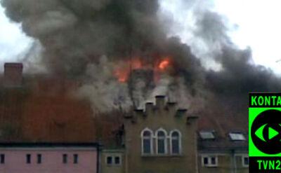 Spłonęło poddasze kamienicy w Lidzbarku (film: Krzysztof)
