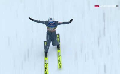 Skok Kamila Stocha z kwalifikacji w Innsbrucku
