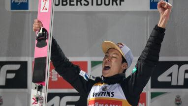 Japończyk przeskoczył wszystkich w 2019 roku. Stoch na podium