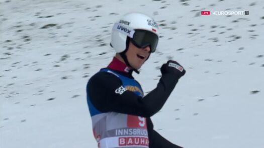 Skok Piotra Żyły z 2. serii konkursu w Innsbrucku