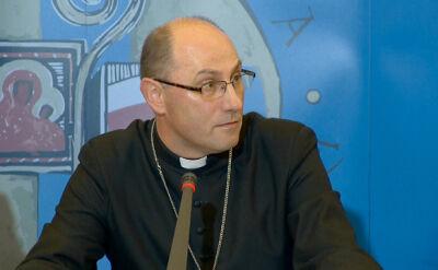 Bp Polak: Pierwszym działaniem powinno być zawieszenie księdza