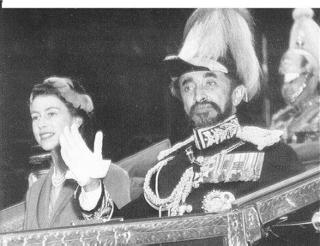 Elzbieta II i Haile Selassie.jpg